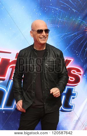 LOS ANGELES - MAR 3:  Howie Mandel at the America's Got Talent Judges Photocall at the Pasadena Civic Auditorium on March 3, 2016 in Pasadena, CA