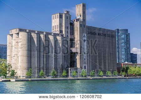 Nice gorgeous view of old vintage Canada Malting plant
