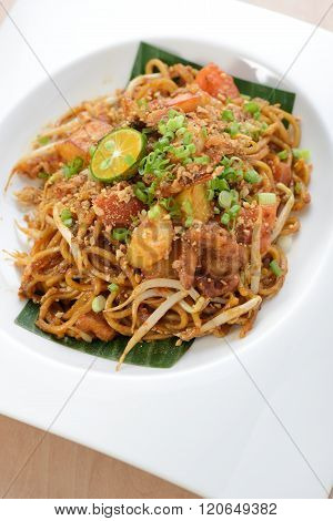 Asian style spicy fried noodles