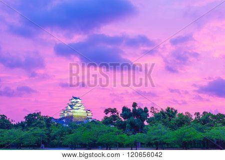 Himeji Jo Castle Purple Sunset Wide Sky Trees Far