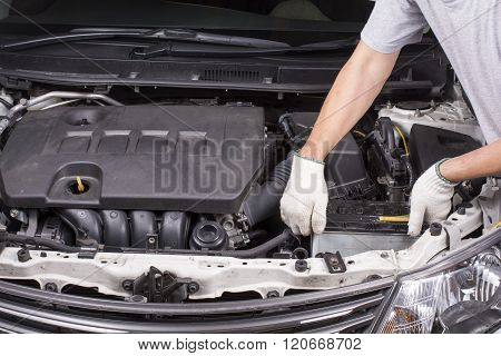 Removing the car battery