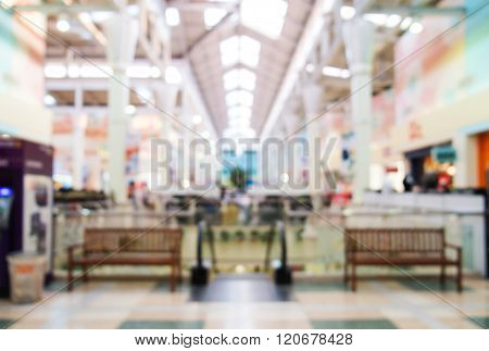 Blurred, de focus shopping mall