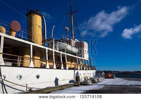 boat in halifax harbor