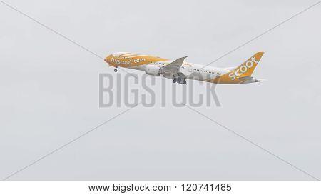 Boeing 787-9 Dreamliner, The Sco - Scoot