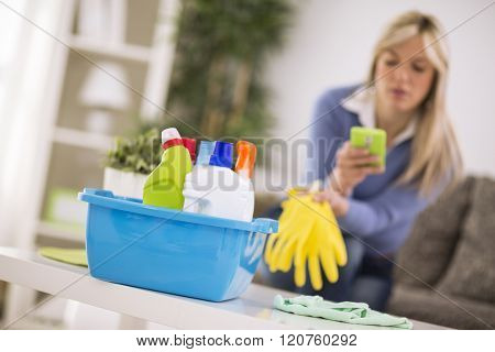 Short rest from cleaning house for cell phone