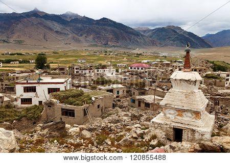 Stupa In Padum Village Zanskar River And Padum Monastery