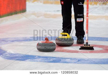 Curling Target