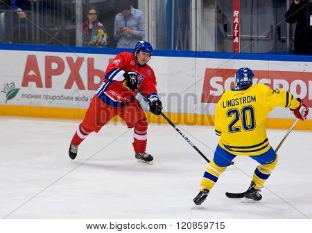 Jiri Krasny (26) And Willy Lindstrom (20)