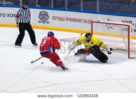 J. Reznicek (9) Attack R. Wanhainen (1)