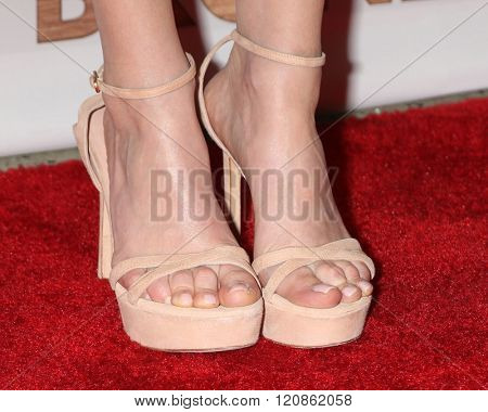 LOS ANGELES - MAR 7:  Melissa Rauch (shoe detail) at the The Bronze Premiere at the SilverScreen Theater at the Pacific Design Center on March 7, 2016 in Los Angeles, CA