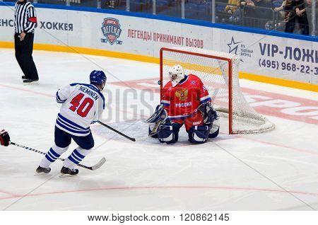 Mika Nieminen (40) Attack