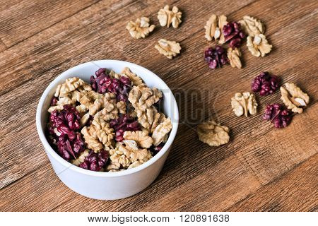 Walnut Kernels, Halves