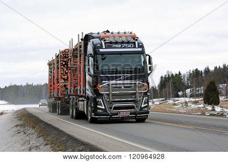 Volvo FH16 Logging Truck Hauls Pulp Wood