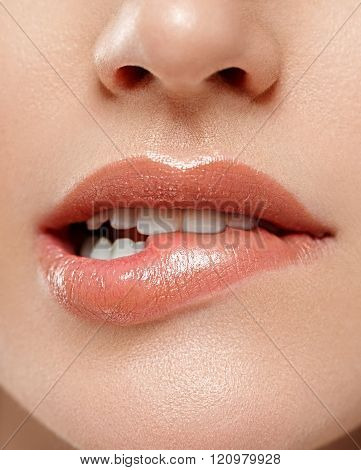 Perfect Lips. Sexy Girl Mouth Close Up. Beauty Young Woman Smile.