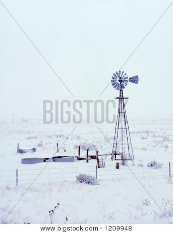 Bstock011807 Snowing On Windmill