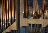 picture of pipe organ  - copper pipe organ music tool to be - JPG