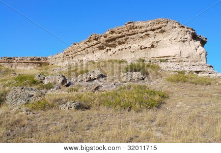 Daemonelix Trial and scenic buttes at Agate Fossil Beds National Monument