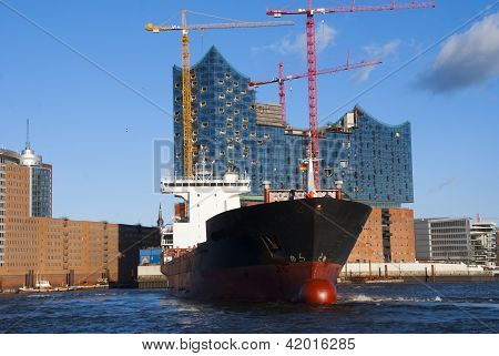 Hamburg Harbour and Elbe Philharmonic Hall