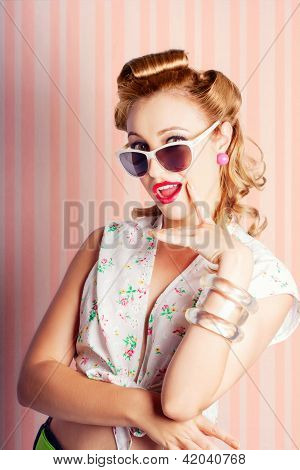 Glamorous Retro Blonde Girl Thinking Fashion Ideas