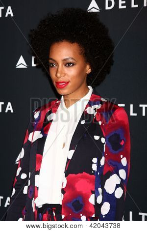 LOS ANGELES - FEB 7:  Solange Knowles arrives at the Celebration of LA's Music Industry reception at the Getty House on February 7, 2013 in Los Angeles, CA