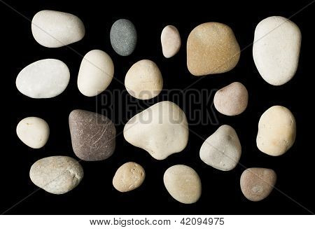 Conjunto de piedras de mar negro aislado