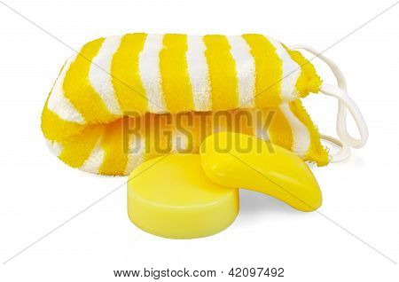 Soap yellow with a washcloth
