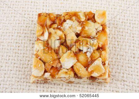 Peanut brittle sweet