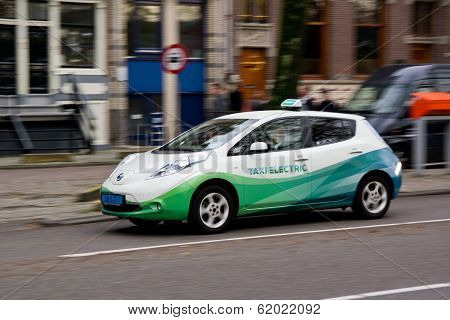 Nissan Leaf Electical Taxi