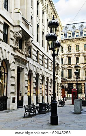 Old buildings on pedestrian street in city of London