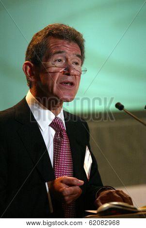 VIENNA, AUSTRIA, 17 SEPTEMBER 2004 - John Browne, the managing director of British Petroleum (BP) at the Organization of Petroleum Exporting Countries (OPEC) International Seminar in Vienna, Austria