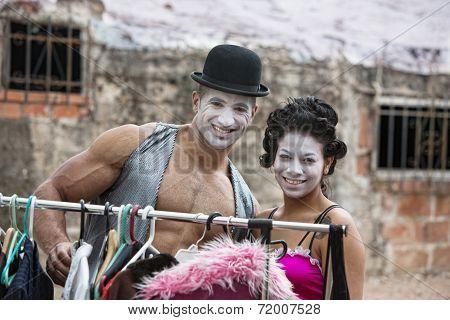 Attractive Cirque Clowns