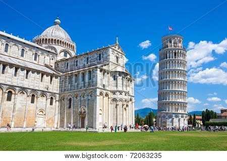 Pisa Tower And Cathedral On Piazza Del Duomo