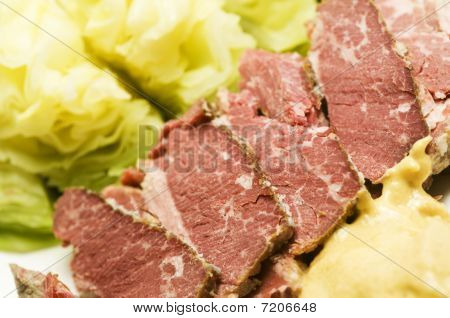 Corned Beef And Cabbage With Mustard