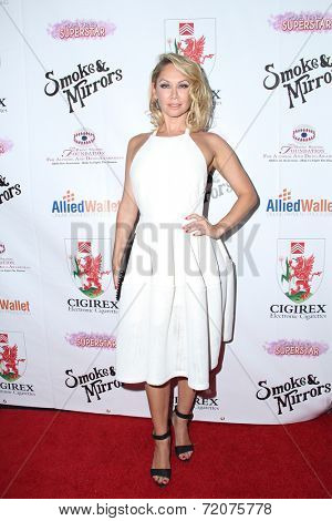 LOS ANGELES - SEP 13:  Kym Johnson at the 2014 Brent Shapiro Foundation Summer Spectacular at Private Residence on September 13, 2014 in Beverly Hills, CA