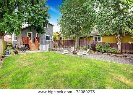 House With Backyad Patio Area