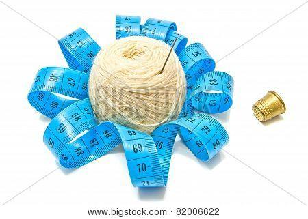 Thimble, Meter And Yarn