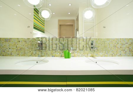 Double Washbasin In Modern House