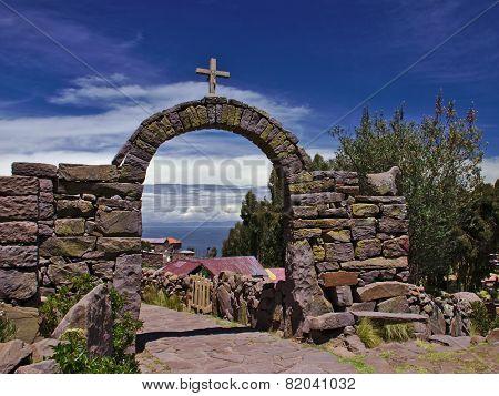 Arch Cross Lake