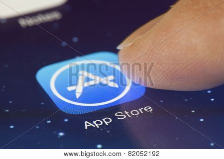 Clicking the App Store icon on an iPad
