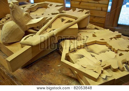 Woodcarving Cuckoo Clock