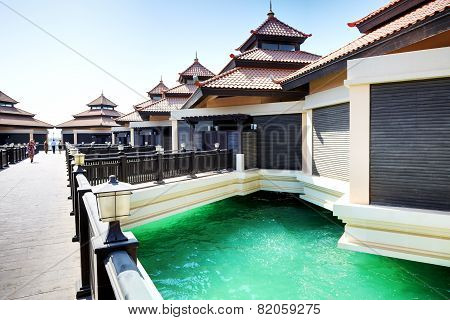 The Luxury Villas In Thai Style Hotel On Palm Jumeirah Man-made Island, Dubai, Uae