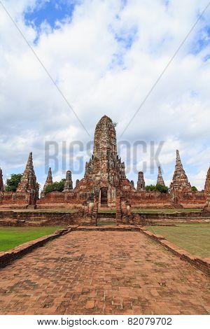 Old Temple Wat Chaiwatthanaram