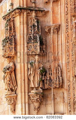 Stone Statues Doorway Facade New Salamanca Cathedral Spain