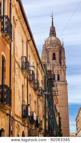 Stone Tower New Salamanca Cathedral City Street Salamanca Castile Spain
