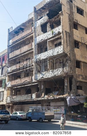Building in Haret Hreik area destroyed by Israeli bombing in the city of Beirut in 2006