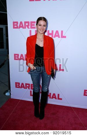 LOS ANGELES - MAY 27:  Ashley Hinshaw at the