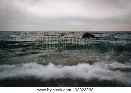 Waves Crashing On The Shore At Woods Cove, In Laguna Beach, California.