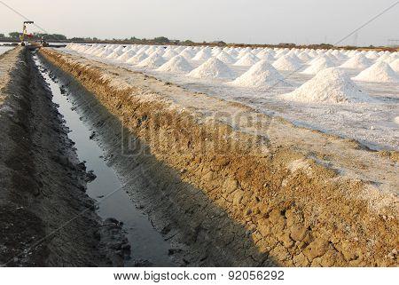 Naklua Mass of salt