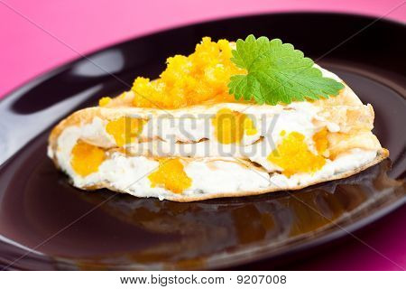 Pancake Stuffed With Cottage Cheese