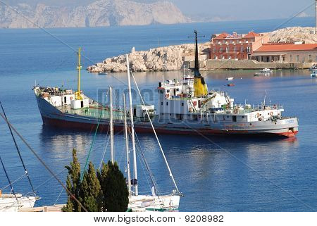 Water supply boat, Halki island